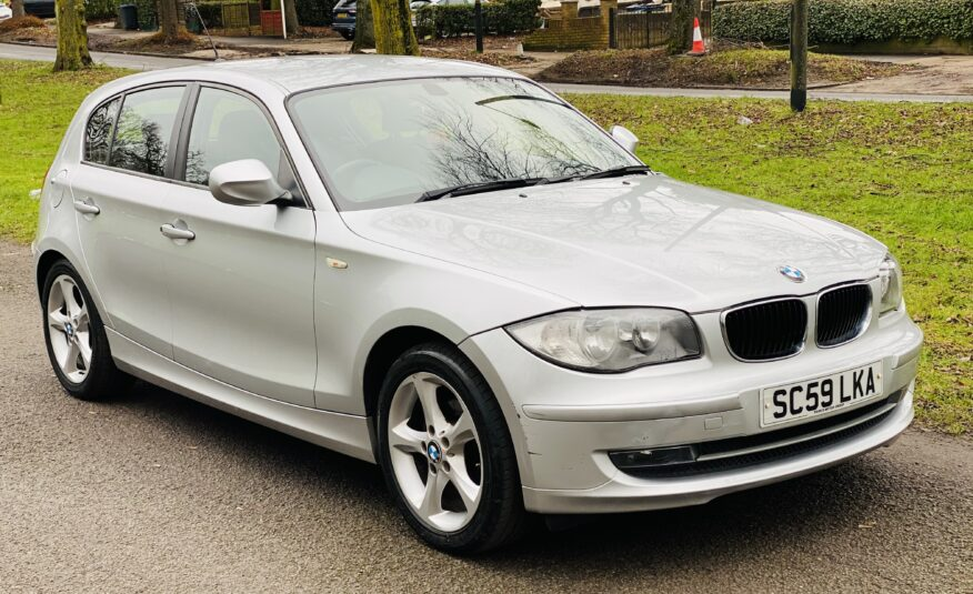 BMW 1 Series 2010 (59 reg)  2.0 116i Sport 5dr * Full Service history and Warranty